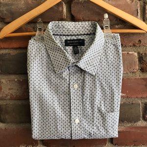 Banana Republic Men's Dress Shirt - Size Medium